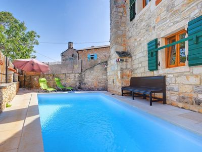 Photo for Stone house with private and large pool, WiFi, air conditioning, hair dryer, summer terrace and grill