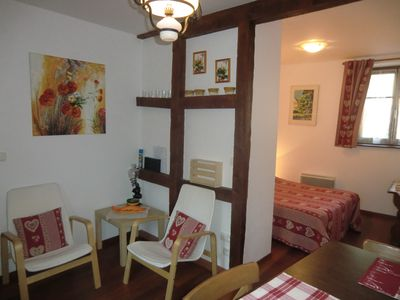 Photo for Apartment in the heart of a vineyard in the center of Colmar.