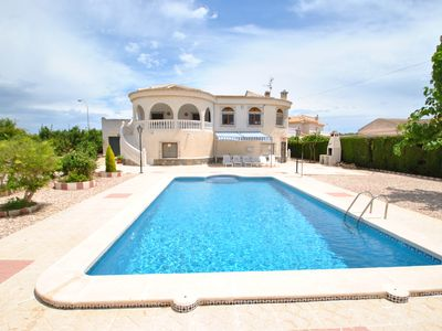 Photo for Torrevieja, san luis, beautiful villa ind. 4 ch, private swimming pool, 1200 m2 ground
