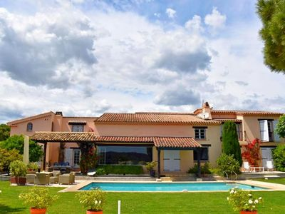 Photo for Beautiful Provencal House a few steps from the Pampelonne Beach
