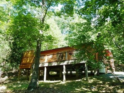 Photo for Secluded Getaway - secluded wooded area with outdoor hot tub