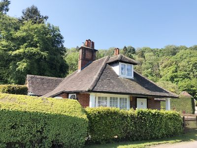 Photo for Entire Sussex cottage nr Goodwood. Family friendly, rural, modern, large garden