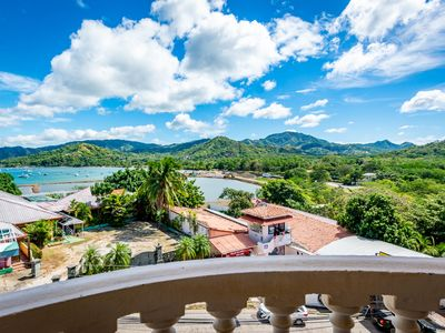Photo for Cozy, budget friendly with great views in the heart fo Flamingo