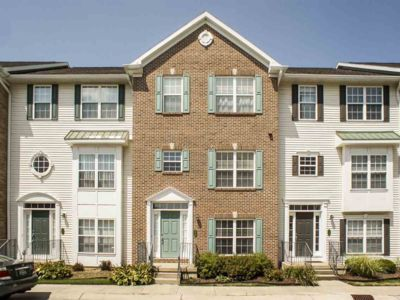 Photo for 3BR Townhome Vacation Rental in South Bend, Indiana