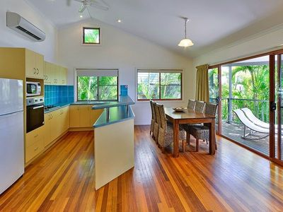 Heliconia Grove 9 - Kitchen
