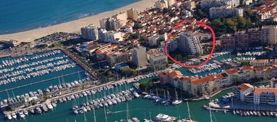 Photo for Apartment overlooking marina 200m from the beach balcony + private parking