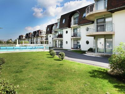 Photo for Luxurious Apartment in Bredene with Swimming Pool