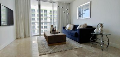 Photo for Beautiful 34th floor unit on the bay with great views