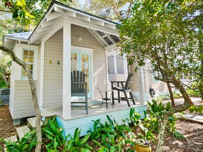 Photo for One Level, One Bedroom Cottage w/Sleeper Sofa
