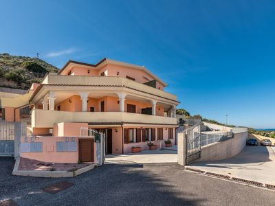 Photo for Holiday apartment with sea view and terrace