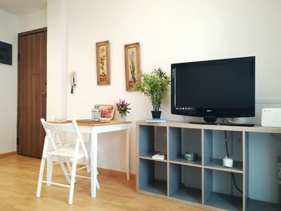 Photo for Elegant apartment in Petralona, next to Filopappou