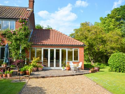 Photo for The Hideaway - One Bedroom House, Sleeps 3