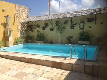 Nice cozy house 4/4, 3stes, pool, barbecue grills. air, cable TV, wi-fi net