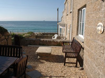 Badgers Cottage  amazing front garden secluded & perfect overlooking the sea!