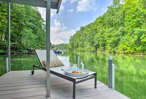 Photo for 3BR Cabin Vacation Rental in Winchester, Tennessee