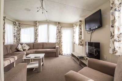 Caravan for hire in Clacton-On-Sea Don't forget to download your loyalty card after staying in this caravan for hire.
