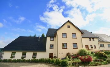 Luxury villa for 20 people at Büllingen with wellness area in the Belgian Ardennes