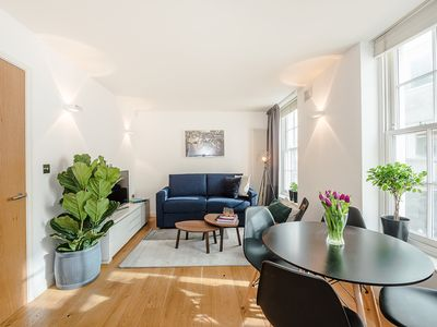 Photo for PERFECTLY CENTRAL 1-BEDROOM LEICESTER SQUARE WESTMINSTER