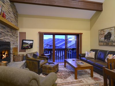 Photo for Fantastic Town Home On The Mountain - Walk To The Slopes!