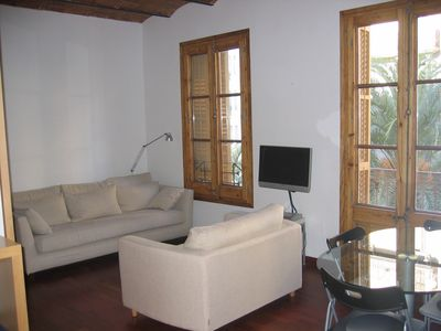 Photo for Stylish and centric apartment in Barcelona!!