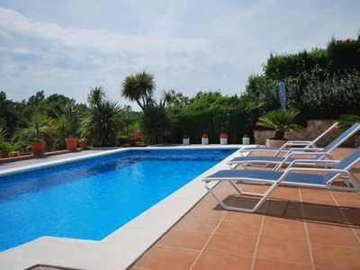 Photo for Beautiful villa, 6 people with private pool situated in northern Spain