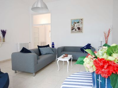 Photo for Cal Rubens - Six Bedroom Apartment, Sleeps 14