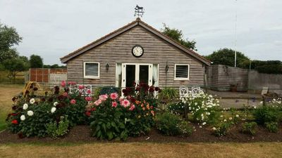 Photo for An outstanding 2 bedroom cottage on the golf course.