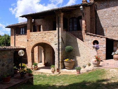 Photo for Farmhouse Casabella in Tuscany