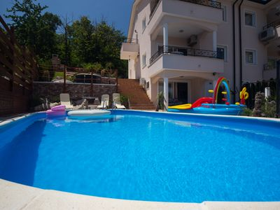 Photo for Apartment in Beautiful Villa Emily With Amazing Sea view