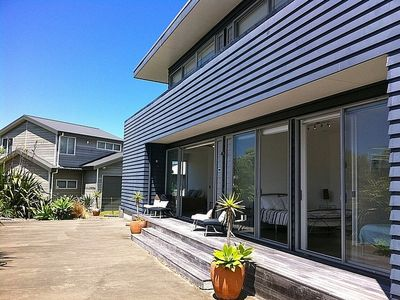 Photo for Breezy Views - Simpsons Beach Holiday Home