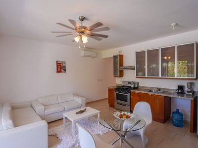 Photo for 1 bedroom Beachfront Residencial