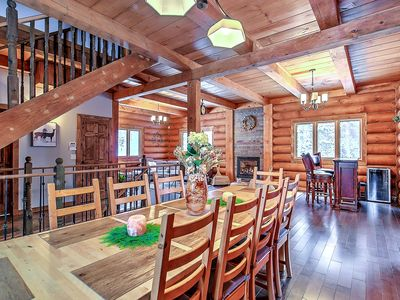 Photo for Luxurious log cabin in Laurentians, one our from Montreal*outdoor spa*14 people