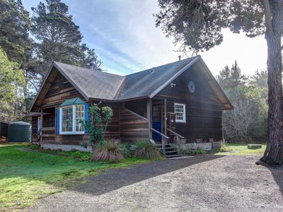 Photo for Cottage w/ deck & wood stove - walk to the ocean, beach, & bluffs!