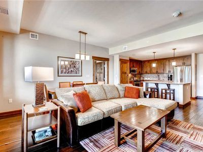 Photo for Luxurious Summer Condo w/Onsite Pool, Hot Tubs & Fitness Center!