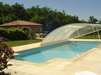 Photo for Quiet house in the countryside secured pool, Lalbenque truffles du quercy, 4 per