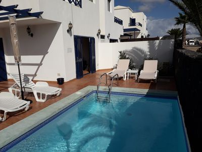 Photo for Detached villa with pool in sought after location close to Marina Rubicon!