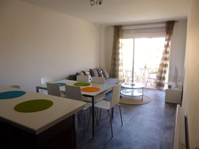 Photo for Apart-Rent-Renovated apartment with community pools (0057)