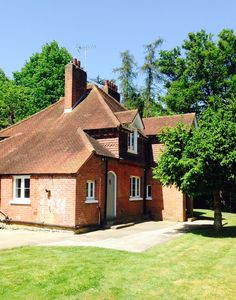 Photo for Beautiful Victorian cottage in Ashtead easy access to London set in countryside