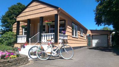 Cruise to the local tasting rooms and shops on your own guest bikes!