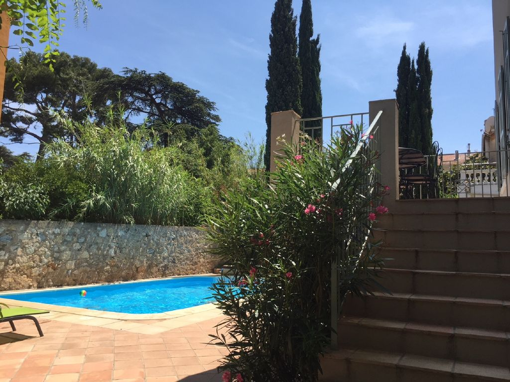 TOULON   VAR  CÔTE Du0027AZUR MAGNIFICENT HOUSE WITH PRIVATE SWIMMING POOL AND  CLOSE BEACHES. Toulon House Rental