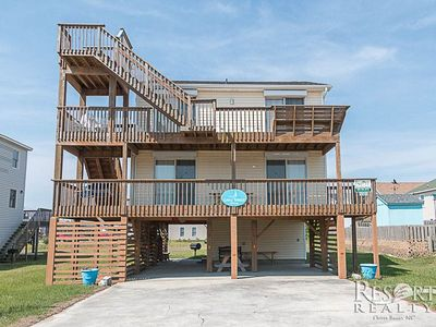 Photo for GAYLE WINDS: 4 BR / 2 BA house in Kill Devil Hills, Sleeps 8