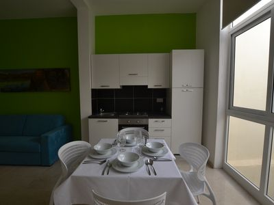 Photo for 1 bedroom apt., shared terrace, AC&lift