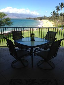 Photo for Hawaiian Oceanfront Paradise at Royal Mauian Resort