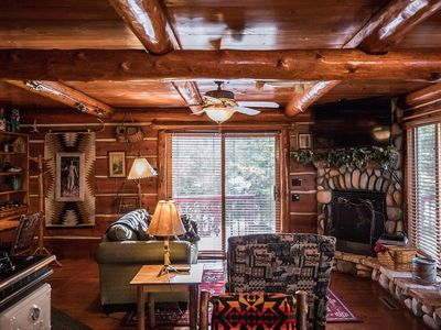 Photo for Rustic and Charming one Bedroom cabin.