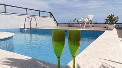 Photo for Carnival Salvador - Luxury penthouse 4 suites pool view sea and park