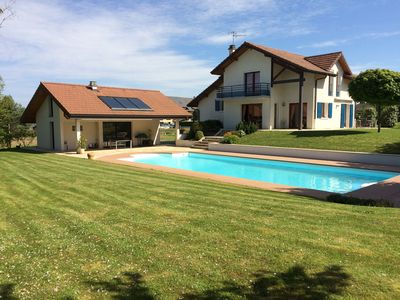 Photo for House with pool and park 4 km from Annecy and lake