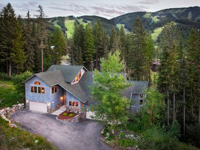 Photo for Spacious ski-in/ski-out cabin w/ private hot tub, modern comfort, & rustic charm