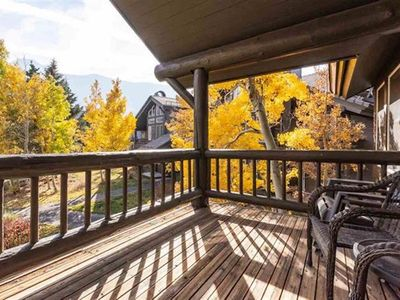 Photo for Beautiful Views, Bright & Spacious 2+loft 3bth townhome, miles of hiking trails