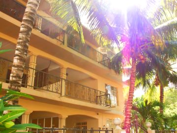 Search 579 holiday rentals