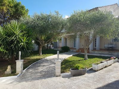 Photo for Large air-conditioned Villa / House, near Montpellier and Beaches (Baillargues)